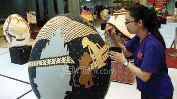 Keragaman Budaya Indonesia di Atas Telur Paskah